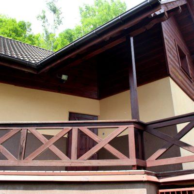 D4 - wejście do domku