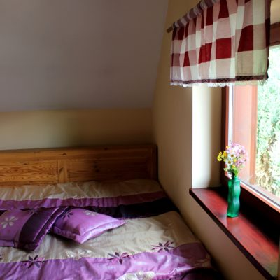 D4 - sypialnia z łóżkiem małżeńskim