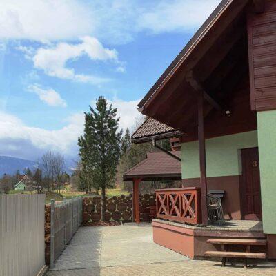D3 - wejście do domku